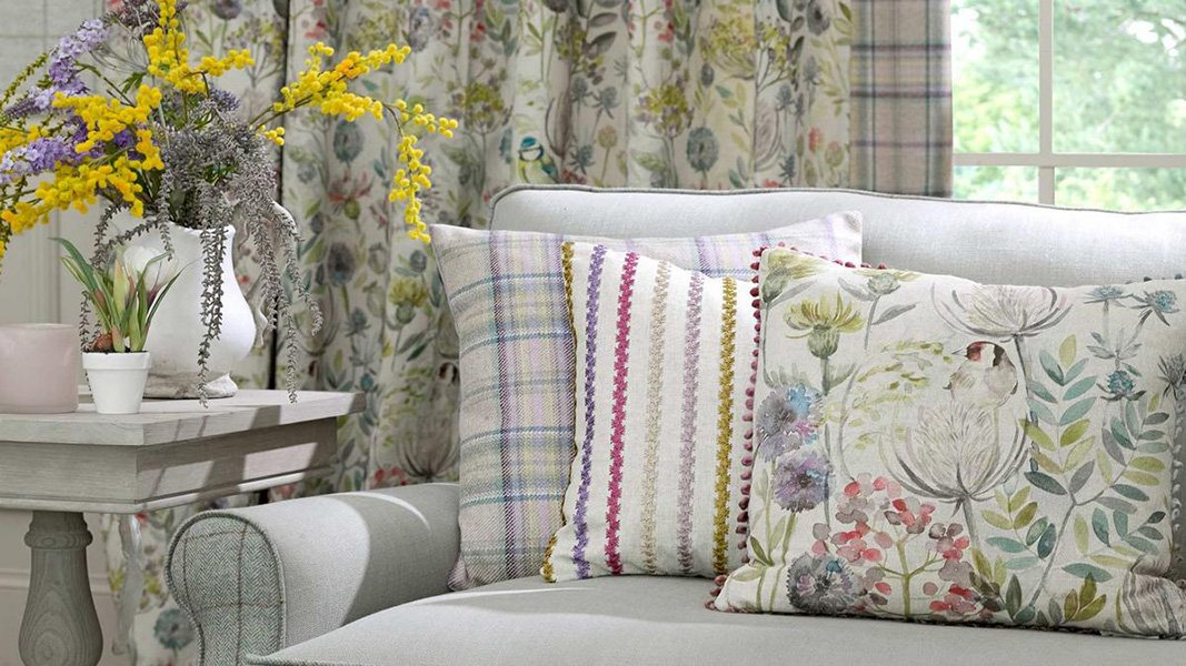 country-cushions-goldfinch-FP
