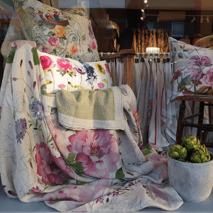 Peony Throw - 100% Linen Made in Italy