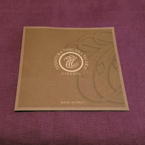 Tiziano Posto Viola (Purple) Tablecloth (with Napkins) - Round - 100% Linen Made in Italy