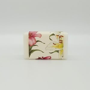 Gardenia Lily Wrapped Soap 200g by Sting in the Tail (UK)
