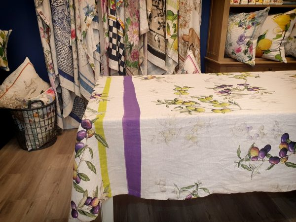 Aida Throw/Tablecloth - 100% Linen Made in Italy