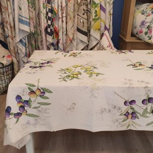 Aida Tablecloth