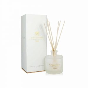 Reed Diffuser - White Pepper, Honeysuckle and Vertivert