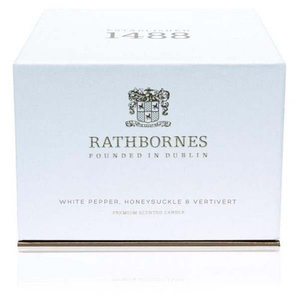 Luxury Candle - Luxury Candle - White Pepper, Honeysuckle and Vertivert